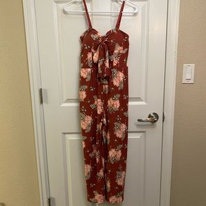 Floral Romper with Pockets!